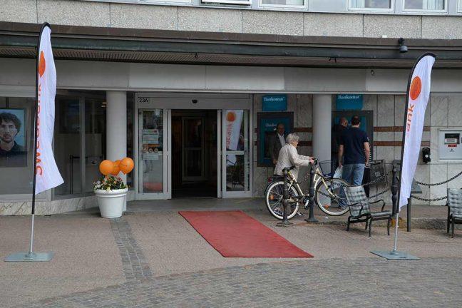 Man rånad vid Swedbank