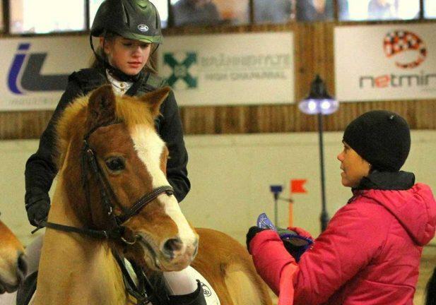 Hemmaframgångar i ponnyhoppning