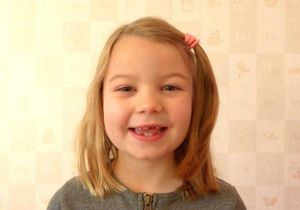 Ella Hansson 7 år