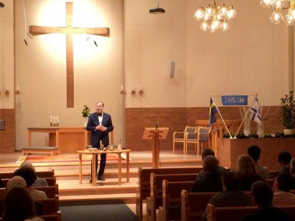 Rabin föreläste i Allianskyrkan