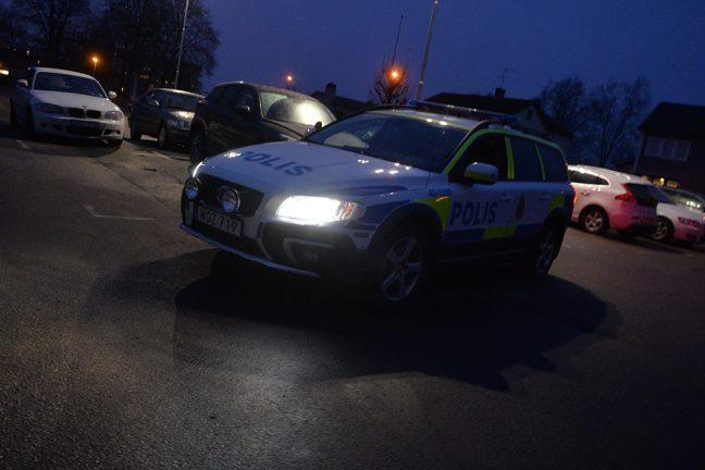Greps direkt efter skadegörelse på polisbil