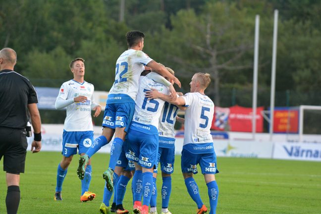 Bildspel från IFK:s segermatch mot Öster