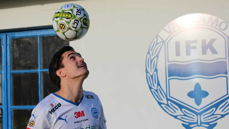 Jon Birkfeldt är klar för IFK