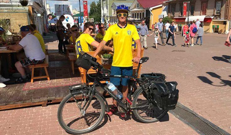 Cyklade till VM-matchen