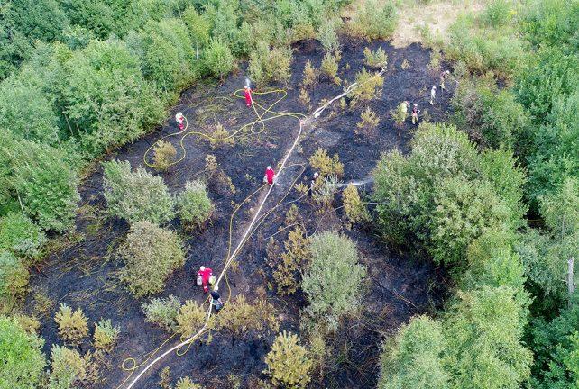 Bildspel: Brand utanför Bredaryd