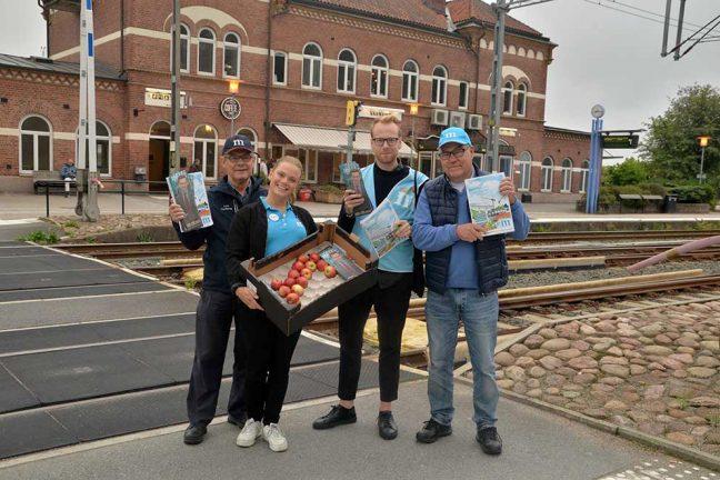 Moderaterna mötte tågresenärer i Värnamo