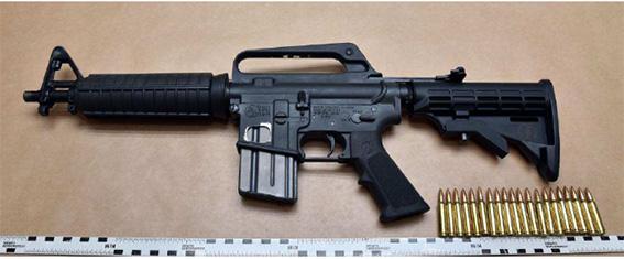 Polisens bilder på skjutvapnen i gängkriget