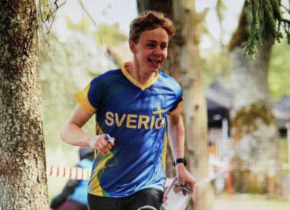 Axel förde Sverige till brons i EM-stafett