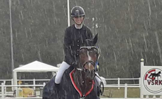 Victoria Rydin vann i Elithoppet