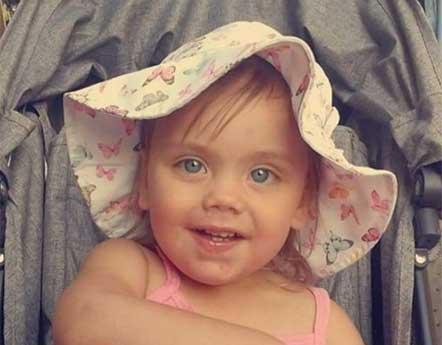 Ellie Hindersson 2 år