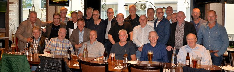 Hockeyveteraner från VGIK 1983 möttes