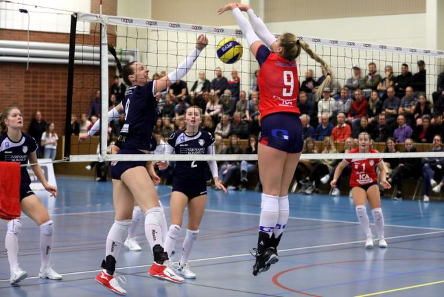 Värnamo Volley tog set av Sollentuna