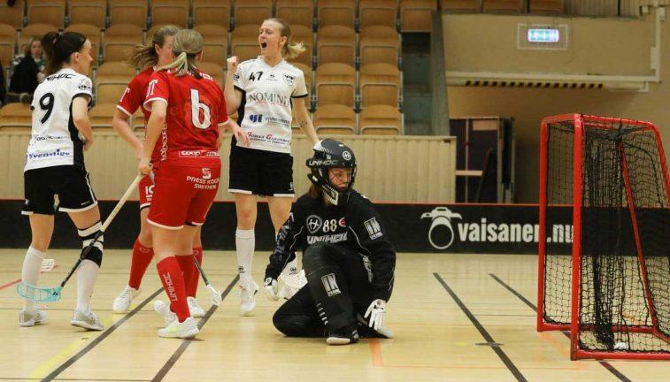 Bildextra: VIK spelade 2–2 i toppmöte