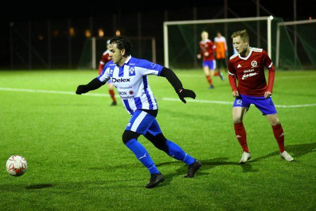 Bildextra: Fotbollsderby i Forsheda