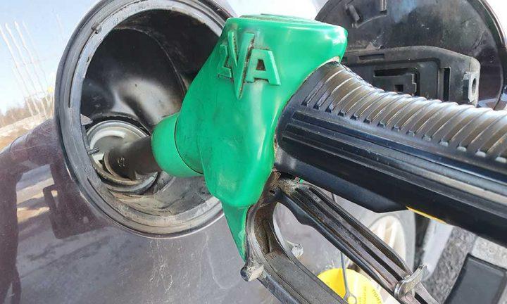 Olämpligt med totalförbud gällande försäljning av fossila bränslen