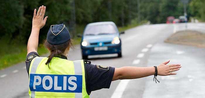 Körkortslös drograttfyllerist fast i rutinkontroll