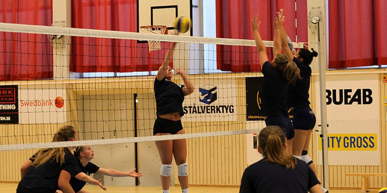 Värnamo Volley tog set mot Sollentuna
