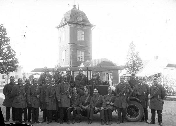 Del 43 om Värnamo 100 år:  Brandstationen