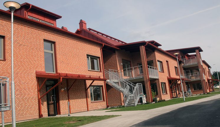 Första hyresgästerna flyttar in i populära kvarteret Väduren