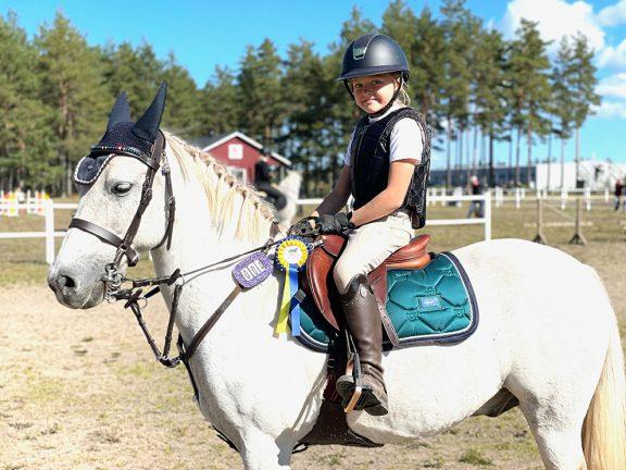 Värnamoryttaren Milwa vann ponnyhoppning
